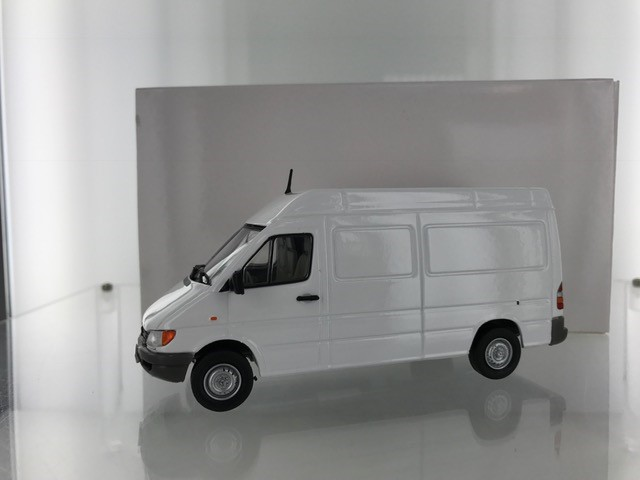 Mercedes-Benz Sprinter Wit