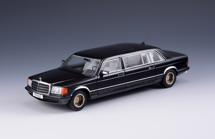 Mercedes-Benz (W126) SGS Royale LWB