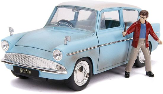 Ford Anglia with Harry Potter 1959 - Harry Potter