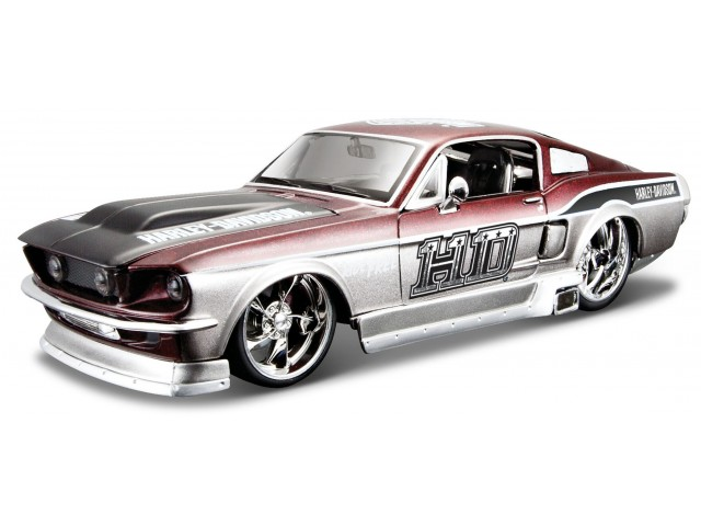 Ford Mustang GT 1967 Rood/Wit - Harley Davidson