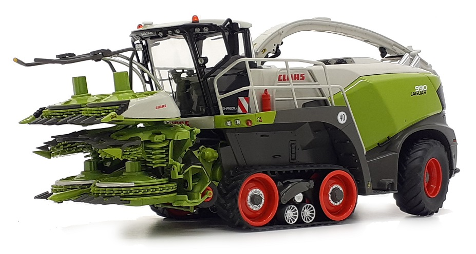 Claas Jaguar 990 TT with Orbis 750
