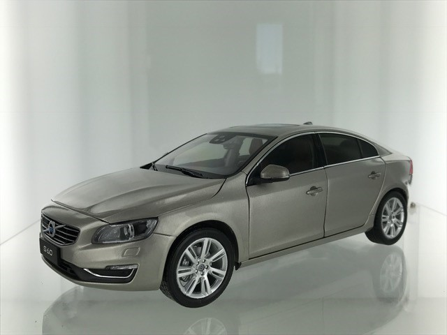 Volvo S60 2015 Seashell Metallic