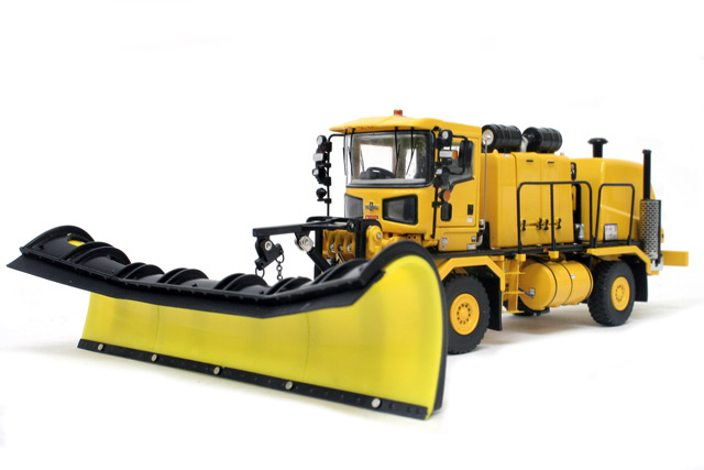 Oshkosh H-Series Snow Chassis Yellow