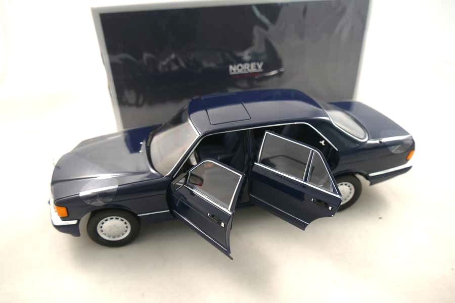 Mercedes-Benz 560 SEL 1991 Donkerblauw