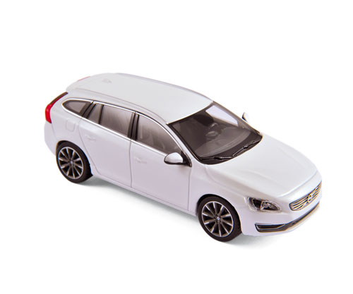 Volvo V60 2013 Crystal White Metallic