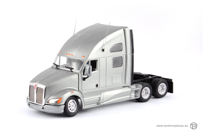Peterbilt T700 Sleeper Cab 6x4 Grey
