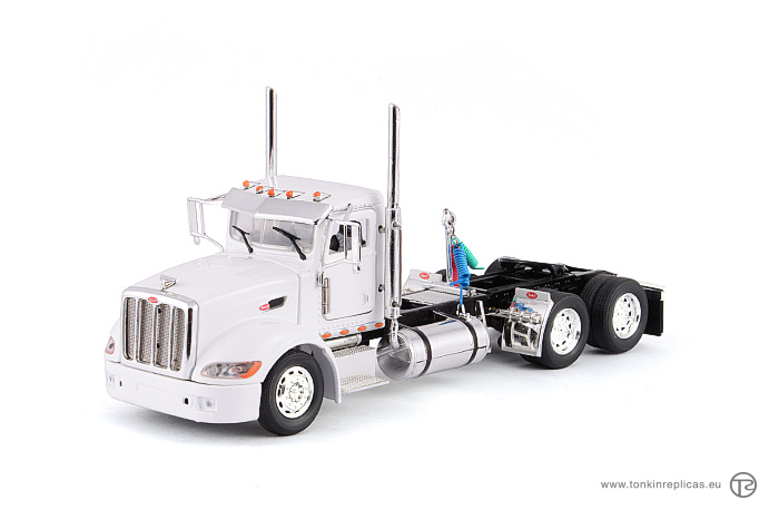 Peterbilt 386 Day Cab 6x4 White