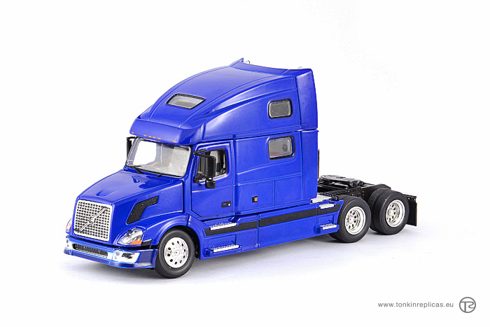 Volvo VNL780 Sleeper Cab 6x4 Blue-Black
