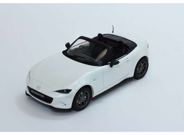 Mazda MX-5 met Afneembare Soft top 2015 Wit