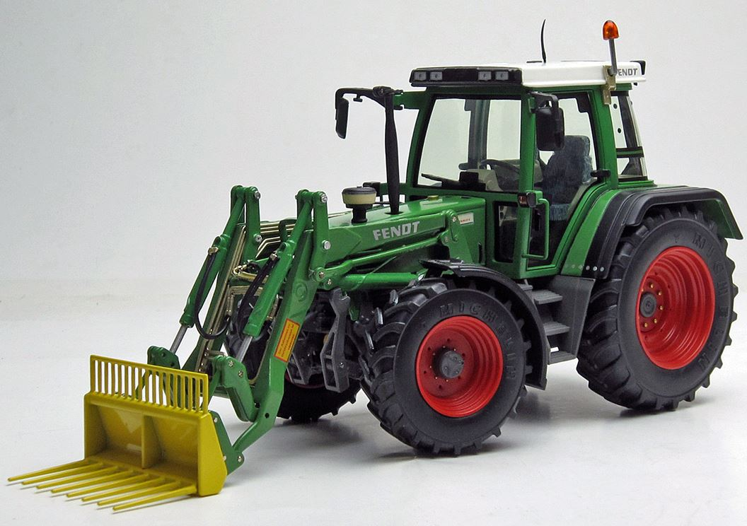 Fendt Favorit 510 C with Frontloader