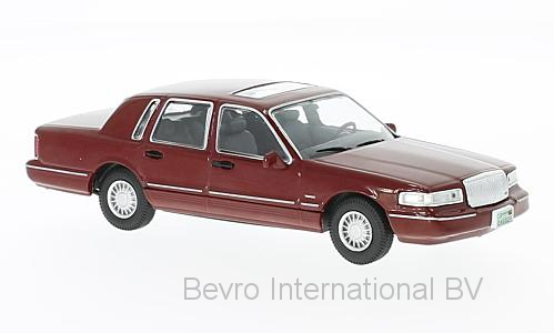 Lincoln Town Car 1996 Rood Metallic